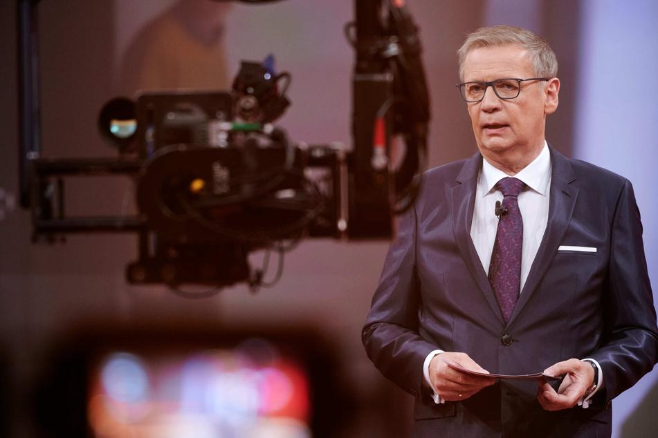 """Günther Jauch: Günther Jauch mit Corona infiziert: So geht es dem """"Wer wird Millionär""""-Moderator"""