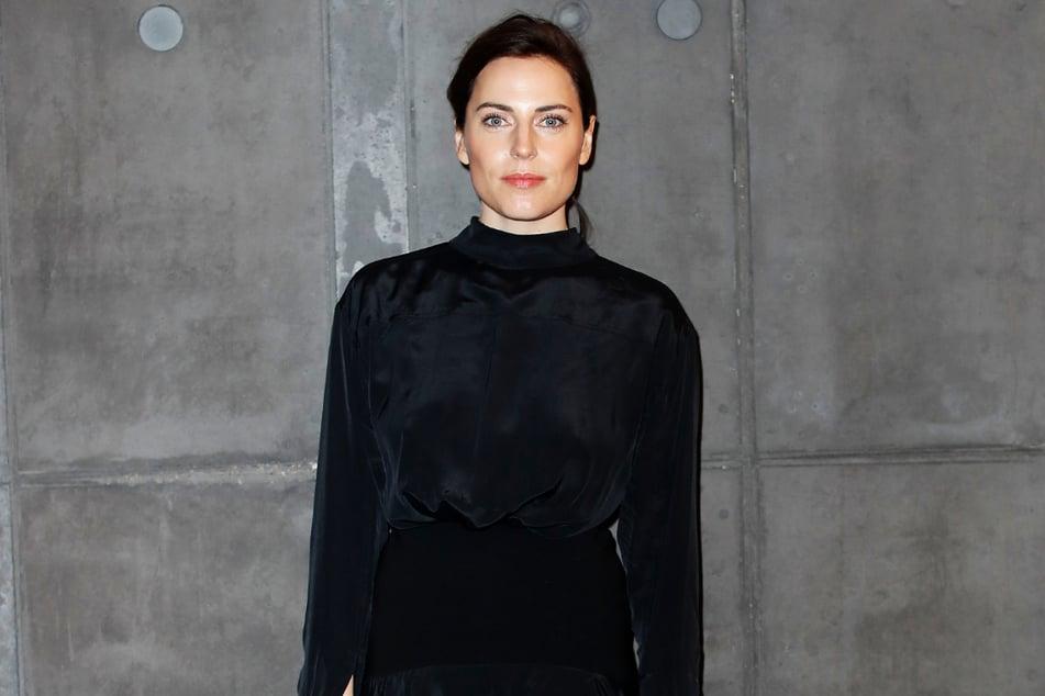 """Antje Traue (40) kommt ursprünglich aus Mittweida. Derzeit steht sie für die Serie """"Herzogpark"""" vor der Kamera."""