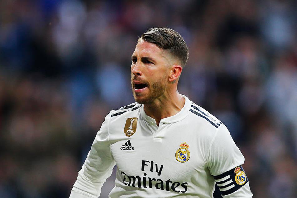 Am Mittwoch streckte Real Madrids Kapitän Sergio Ramos in der Champions League seinen Gegenspieler Milan Havel mit einem Ellenbogenschlag nieder.