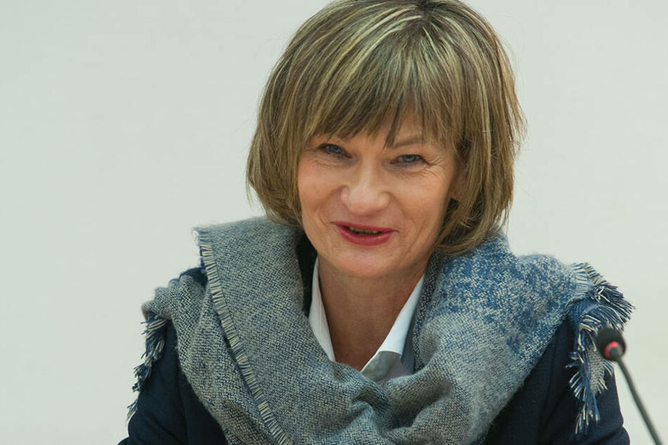 OB Barbara Ludwig (55, SPD) will Überwachungskameras anbringen lassen.