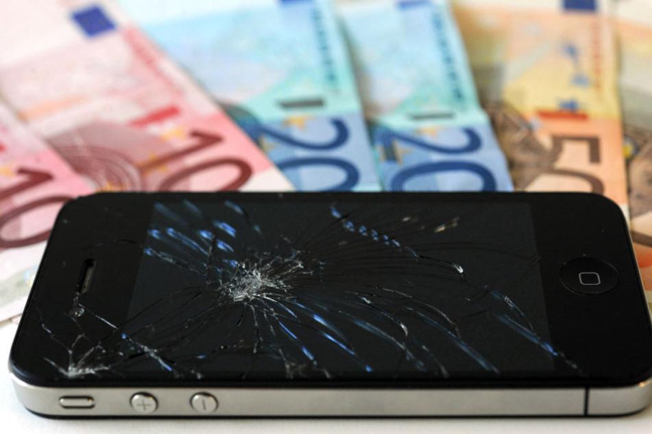 Viele Smartphones lassen sich noch verkaufen und damit zu Geld machen.