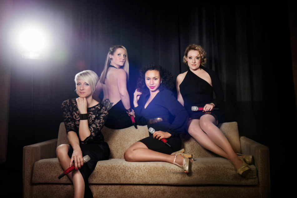 """Die """"medlz"""" laden jeden letzten Donnerstag auf Facebook zum Mädelsabend ein."""