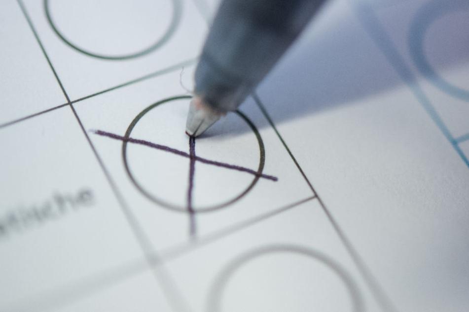 Bei Kommunalwahlen können in mehreren Bundesländern auch 16-Jährige wählen. (Symbolbild)