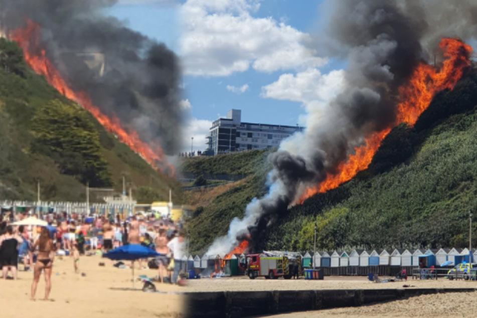 Die Flammen breiteten sich schnell aus, die Strandbesucher waren entsetzt.