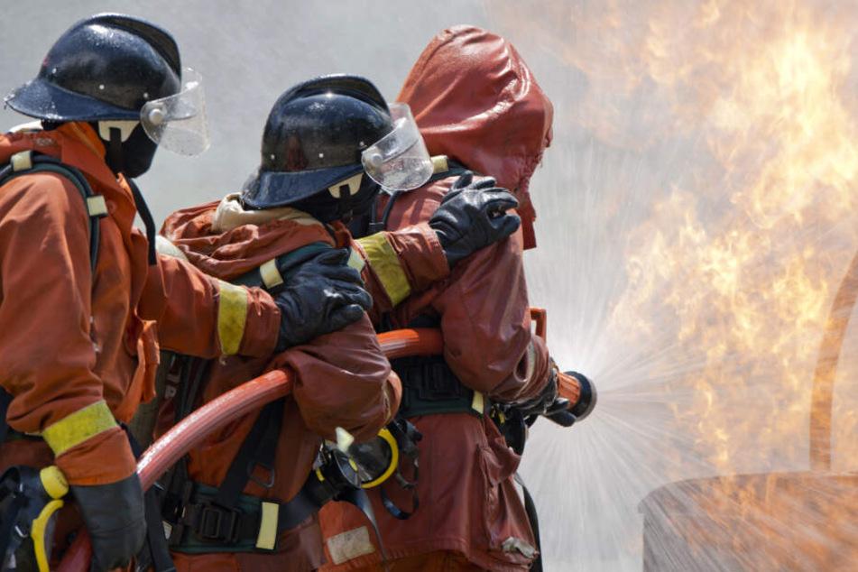 Nach zwei Stunden konnte die Feuerwehr den Brand unter Kontrolle bringen.