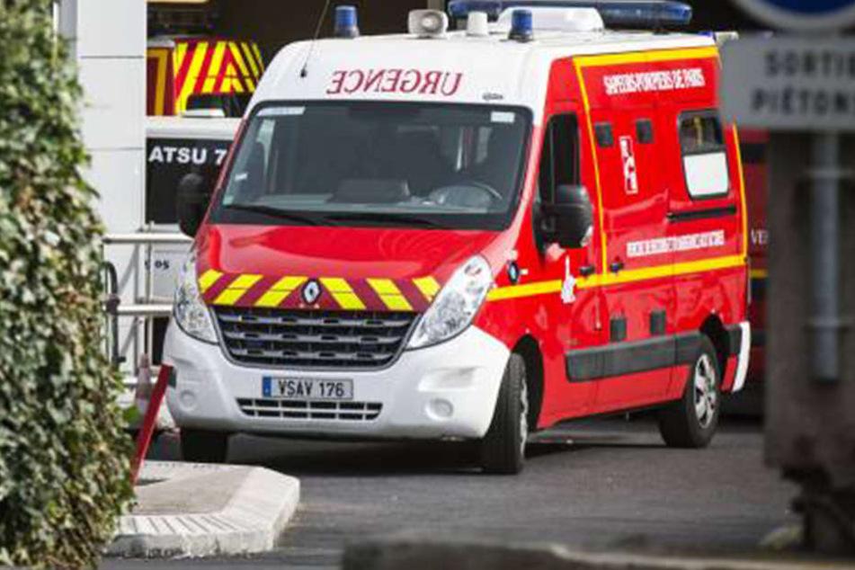 Der französische Rettungsdienst konnte den Mann letztendlich in ein Krankenhaus bringen.