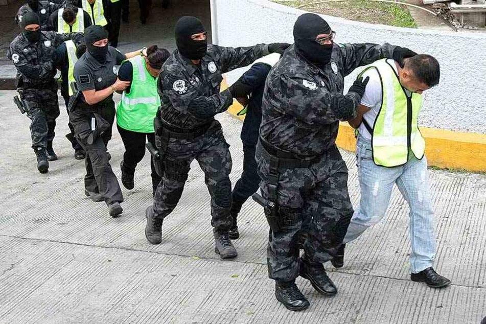 Mehrere Polizisten wurden in Mexiko verhaftet, weil sie am Verschwinden von drei Touristen beteiligt sein sollen (Symbolbild).