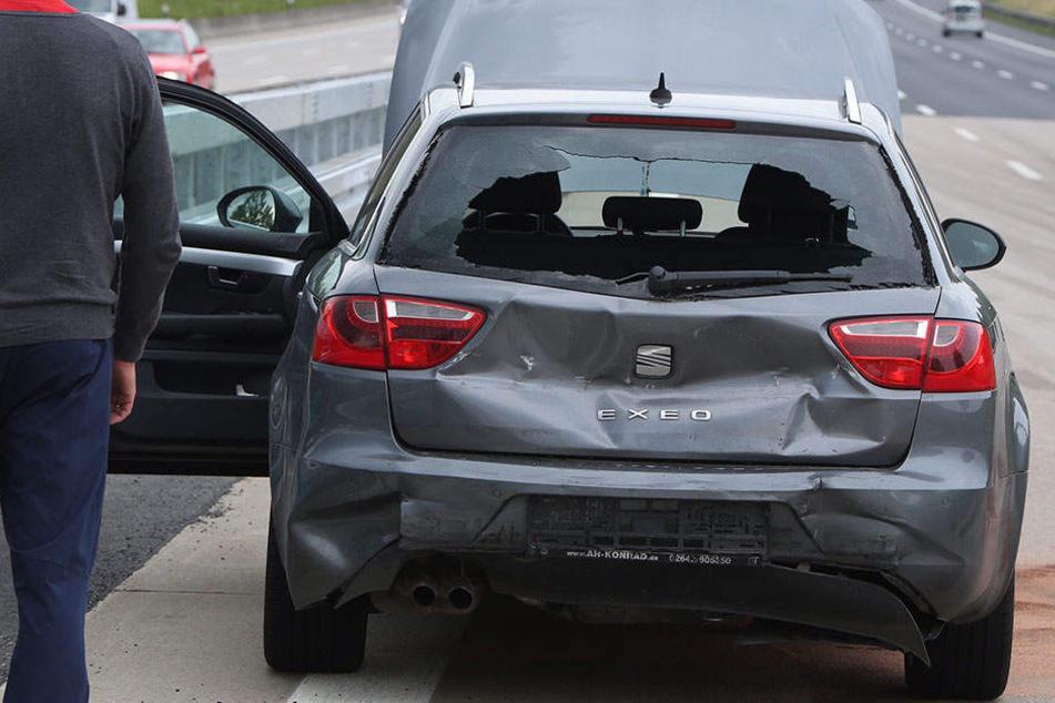 Vier Verletzte! Auffahrunfall sorgt für Stau-Chaos auf A4