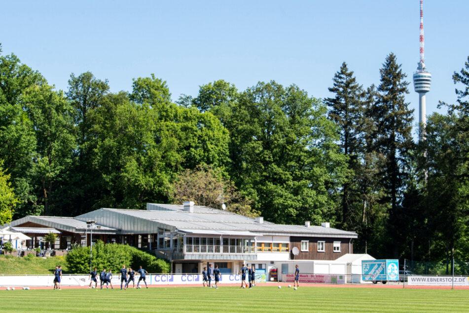 Die Stuttgarter Kickers müssen auch in der kommenden Saison in der Oberliga ran. (Archivbild)