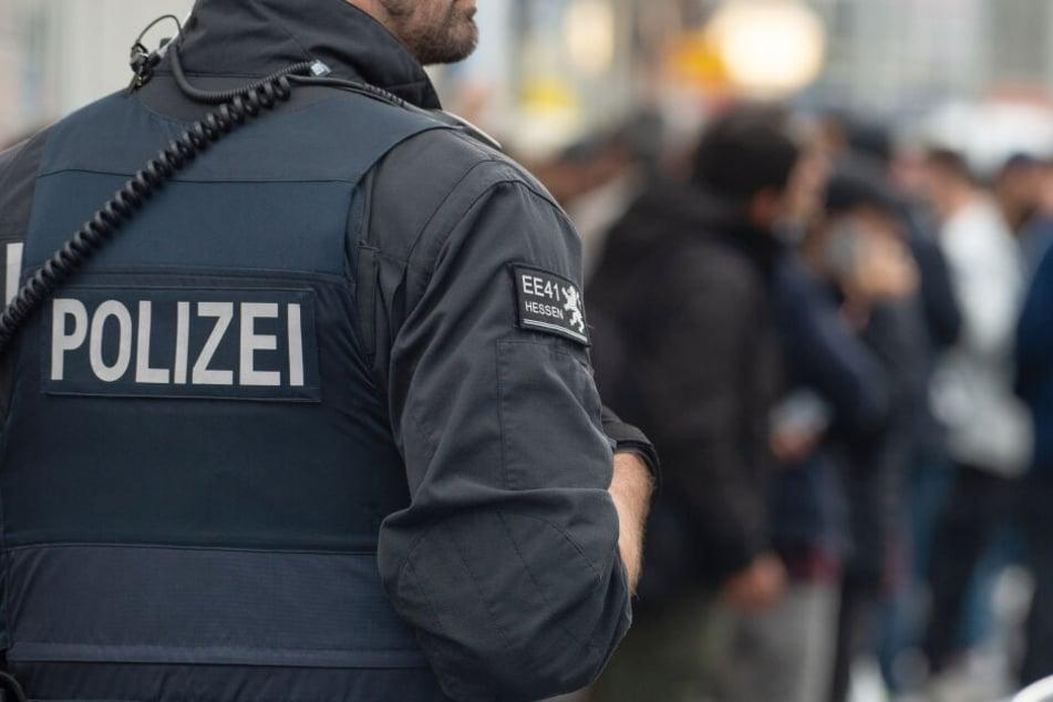 Insgesamt standen acht Beamte unter Verdacht (Symbolbild).