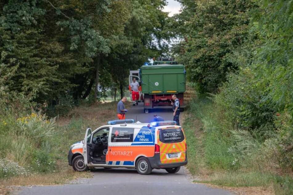 Radfahrer von Traktor überrollt: Tot!