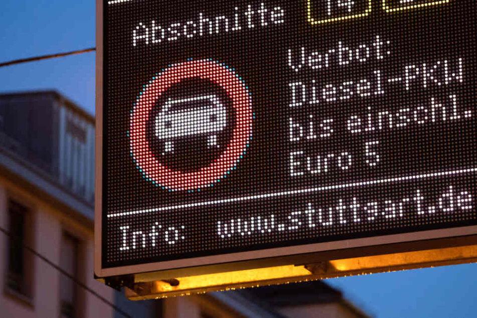 Weitere Diesel-Fahrverbote in Stuttgart? Umwelthilfe macht Druck!