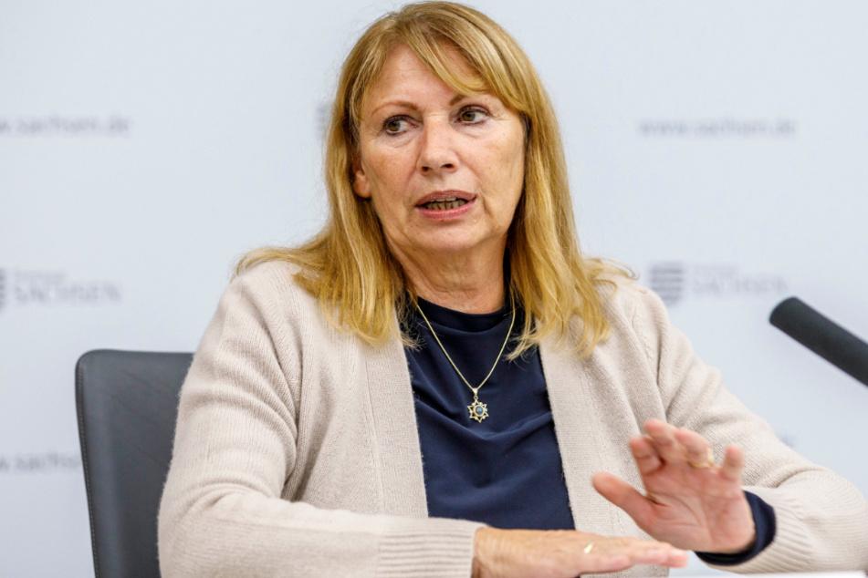 Gesundheitsministerin Petra Köpping (62, SPD) sieht keine Notwendigkeit, die FFP2-Pflicht in Sachsen einzuführen.