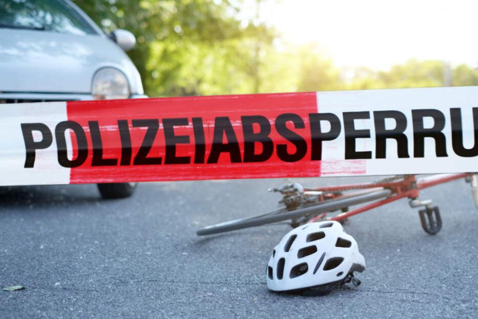 Eine Radfahrerin ist am Sonntag bei einem Unfall schwer verletzt worden. (Symbolbild)