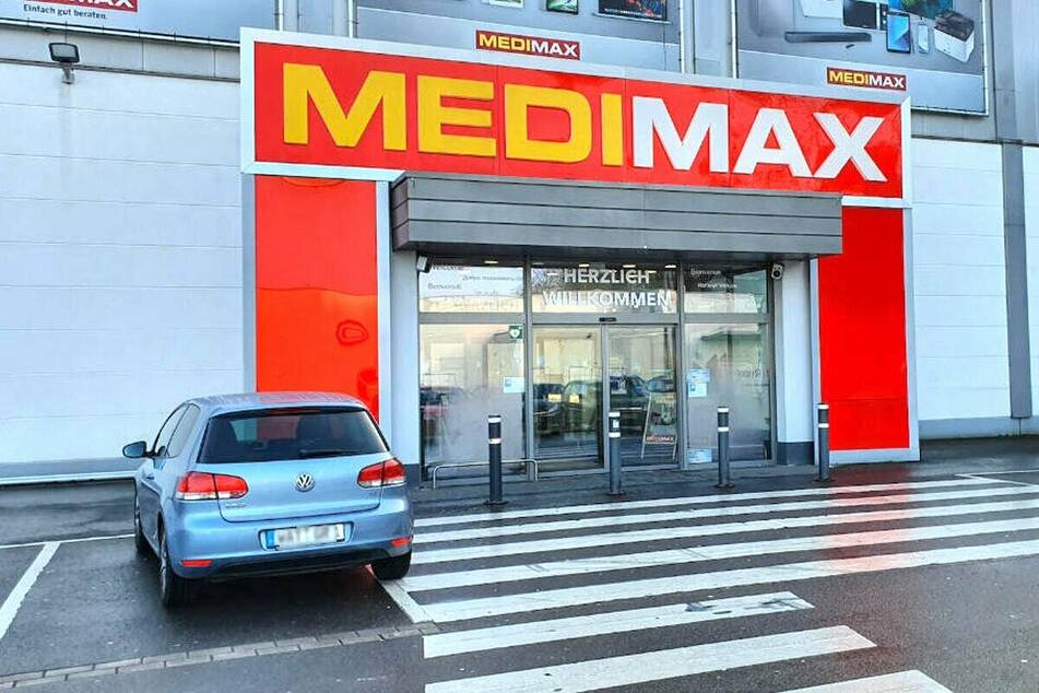 MEDIMAX Bochum startet Rausverkauf und gibt bis Freitag (12.3.) 25% auf diverse Geräte