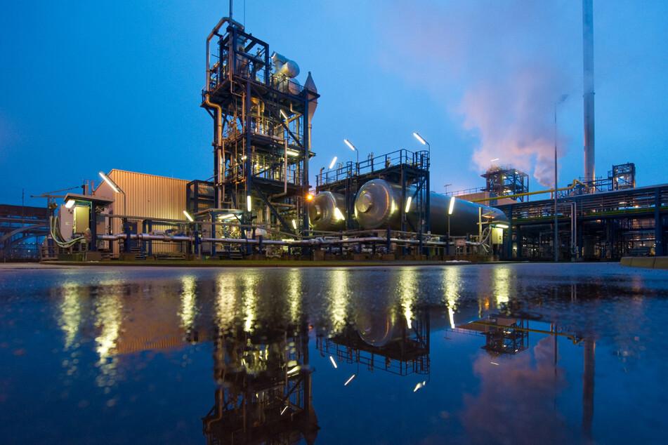 Bisherige Versuche CO2 bei Kraftwerken abzuscheiden und zu speichern wie hier in Brandenburg brachten ernüchternde Ergebnisse. (Archivbild)