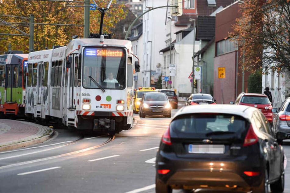 Eine neue Ampelschaltung soll ein Verkehrschaos auf der Schildescher Straße verhindern.