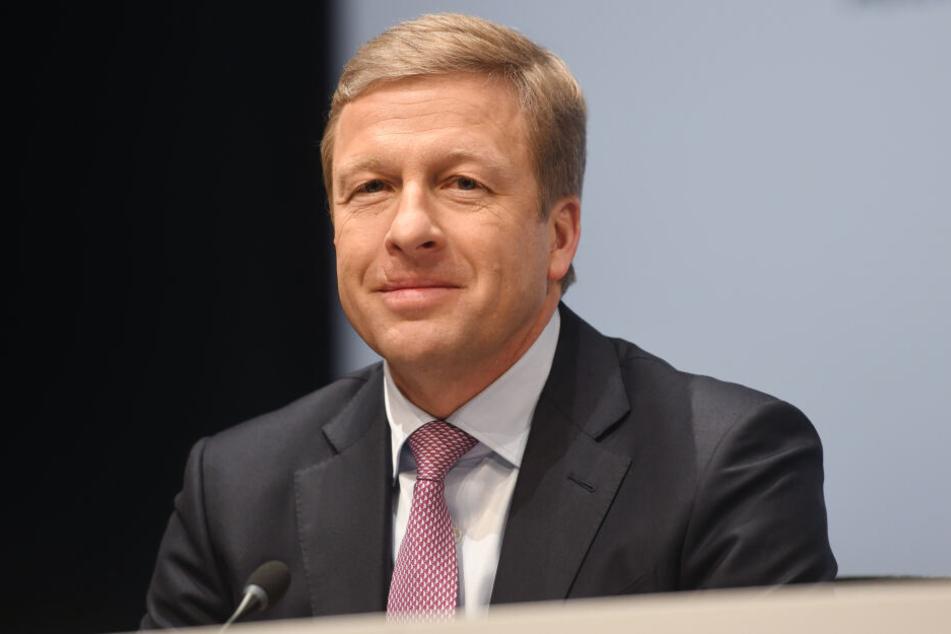 Oliver Zipse (55), Produktionsvorstand der BMW AG, aufgenommen bei der Bilanz-Pressekonferenz des Automobilherstellers BMW.