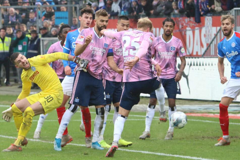 Der Joker zog aus dem Getümmel einfach mal ab und erzielte den späten Ausgleich für den HSV.