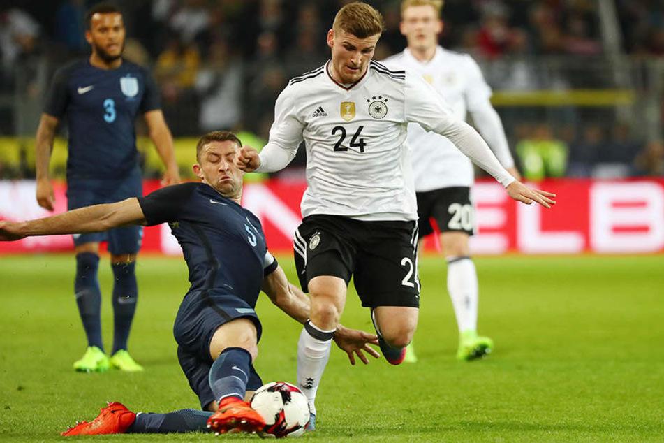 Am Mittwoch stand er noch gegen England auf dem Platz, nun muss Timo Werner zurück nach Leipzig, um seine Verletzung behandeln zu lassen.
