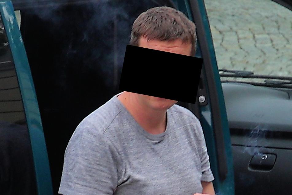 Ronny H. (39) legte in rasender Eifersucht Feuer und tyrannisierte seine Ex-Lebensgefährtin.