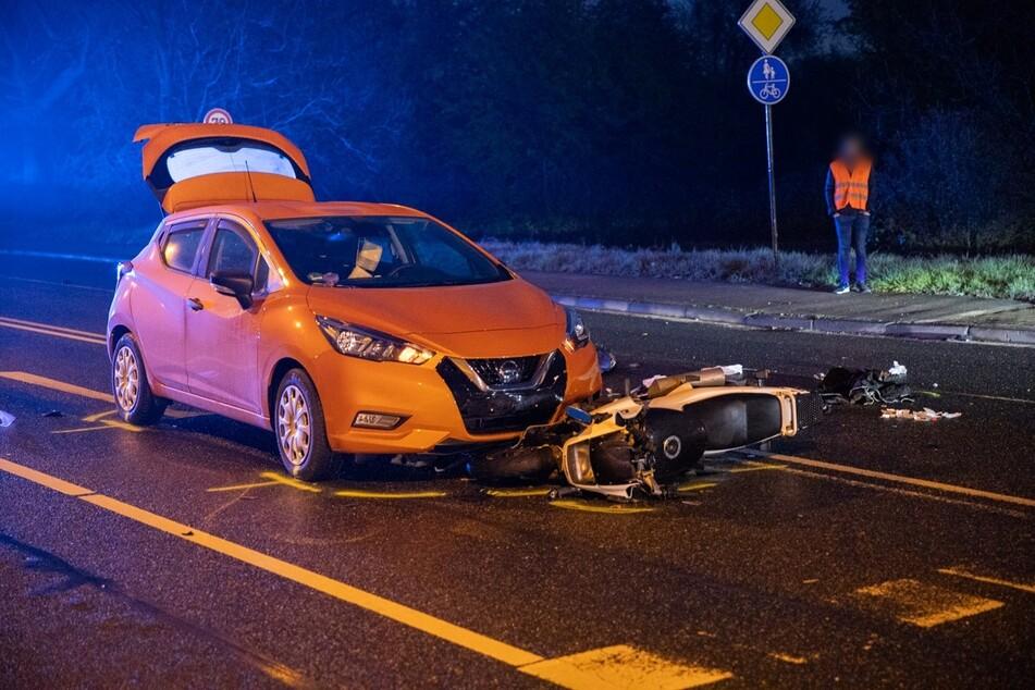 Tödlicher Unfall: Biker stirbt nach Kollision mit Auto