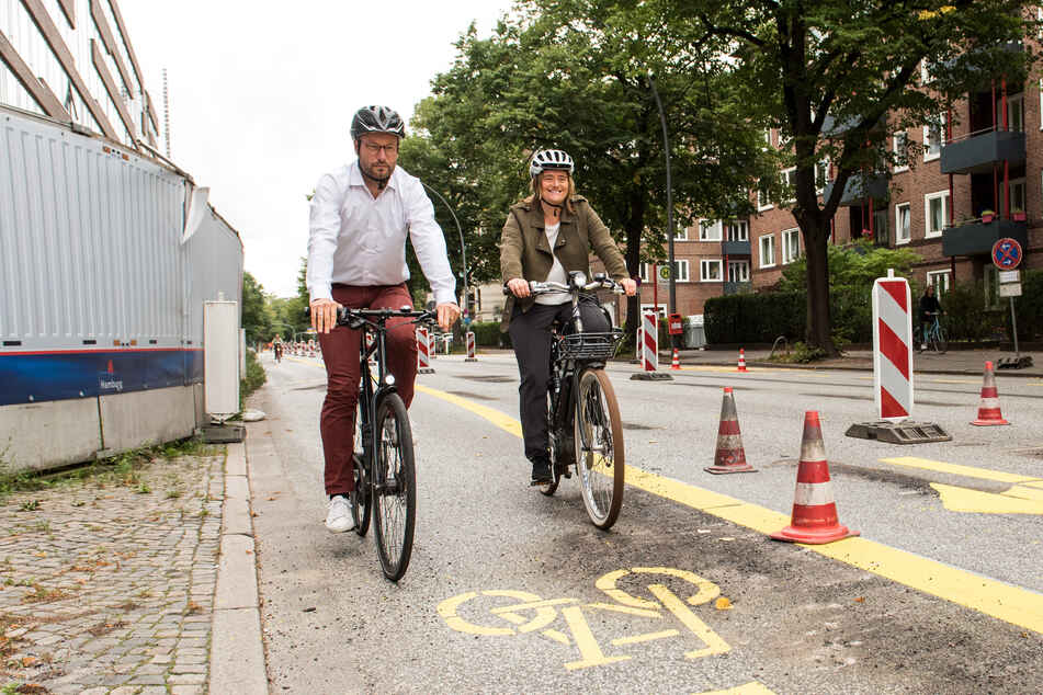 3,20 Meter breit! Hamburg eröffnet erste Pop-Up-Bikelane