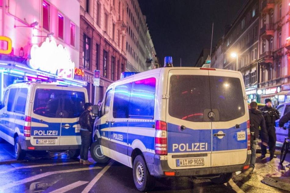 Razzien in Deutschland: Polizei jagt gewaltbereite Islamisten