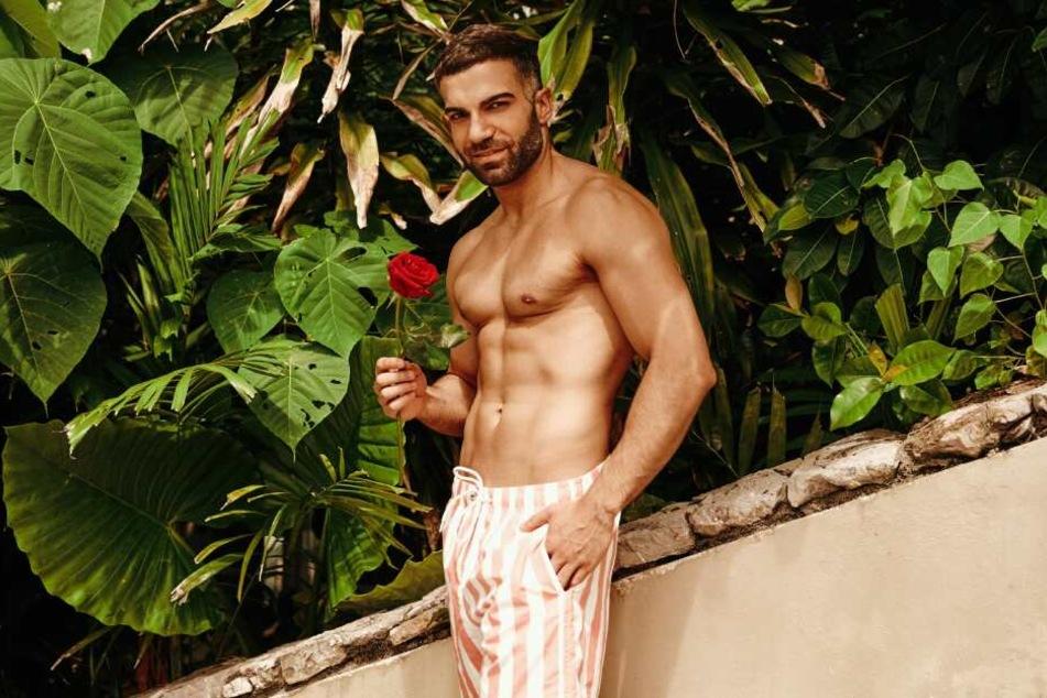 Auch Rafi Rachek (29) hofft iim Paradies auf sein Liebesglück.