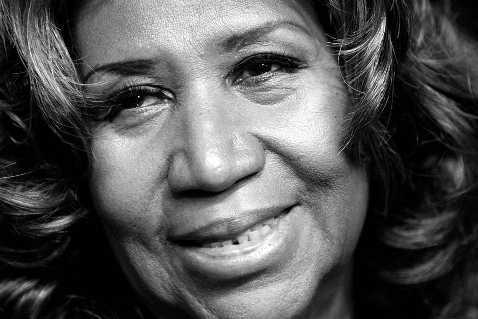 Aretha Franklin, US-amerikanische Soul-Sängerin, Songwriterin und Pianistin, ist am 16. August 018 im Alter von 76 Jahren an Bauchspeicheldrüsenkrebs gestorben.