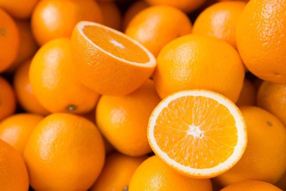 Verfolgungsjagd mit Polizei Diebe klauen vier Tonnen Orangen - mit drei Pkw