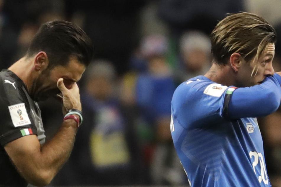 Eine Legende tritt ab: Für den am Boden zerstörten Gianluigi Buffon (li.) war es das letzte Spiel für die Squadra Azzurra.