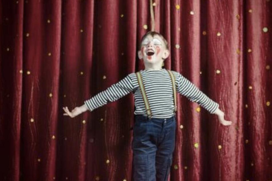 Etwa 30 Prozent weniger Vorstellungen werden bis Ende Oktober am Theater der Jungen Welt in Leipzig angeboten. (Symbolbild)