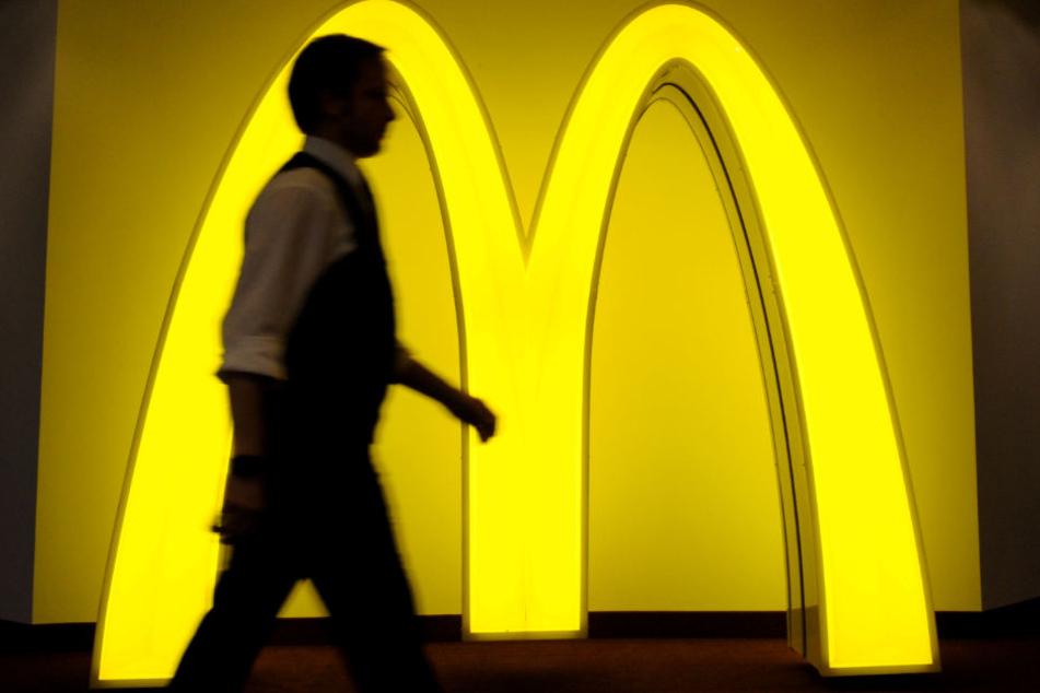 Die Männer brachen in mehrere Fast-Food-Läden ein. (Symbolbild)