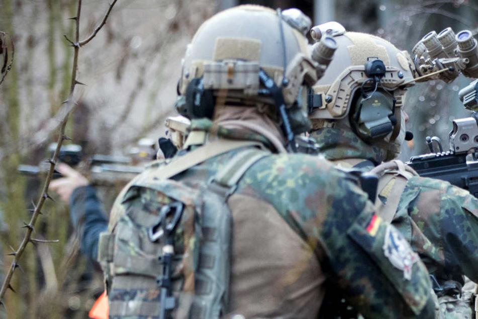 Der falsche Soldat verschaffte sich unbefugt Zutritt zu Bundeswehr-Einrichtungen. (Symbolbild)