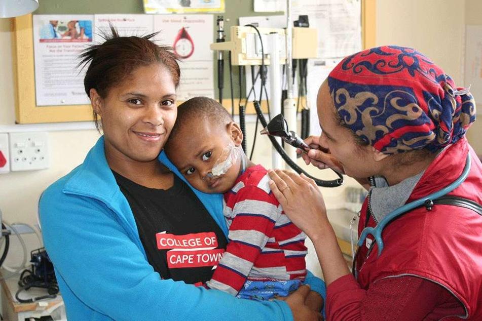 Im Hospital von Tygerberg erfahren an HIV erkrankte Mütter und ihre geschwächten Kinder eine gesonderte Behandlung.