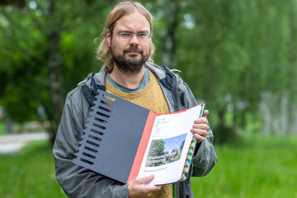 Grünen-Stadtratskandidat Franz Knoppe (37) will mit einer Petition den Klimanotstand für Chemnitz ausrufen.