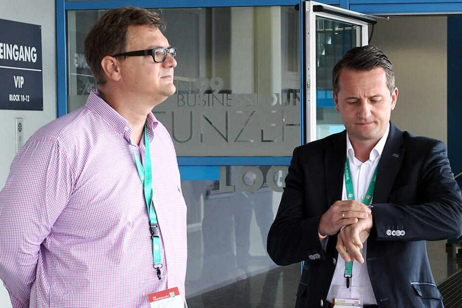 Die Zeit läuft ab! Bis morgen, 15.30 Uhr, müssen die Geschäftsführer der CFC Fußball GmbH, Thomas Uhlig (l.) und Thomas Sobotzik (r.), die Unterlagen für die Drittliga-Lizenz in der DFB-Zentrale eingereicht haben.