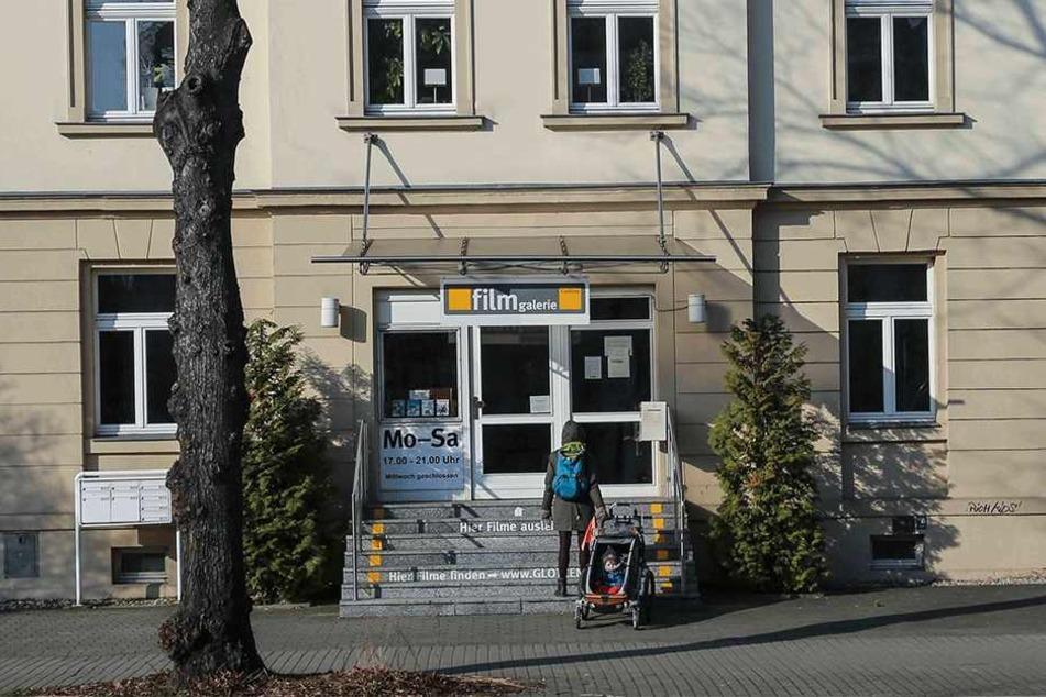 Die Filmgalerie an der Altenberger Straße. Schlange stehen muss heute niemand mehr.