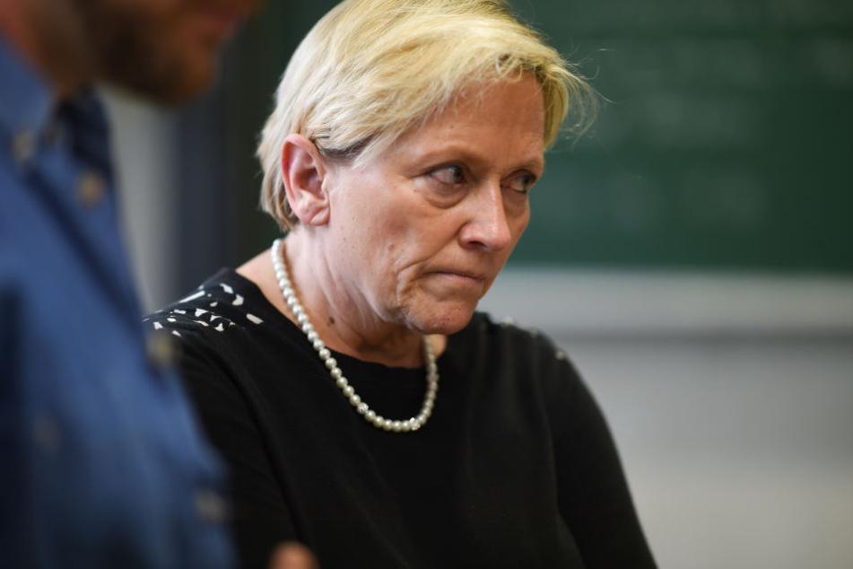 Baden-Württembergs Kultusministerin Susanne Eisenmann (CDU) sieht die Schuld bei der Realschule. Die Prüfungsunterlagen seien nicht sofort verschlossen worden.