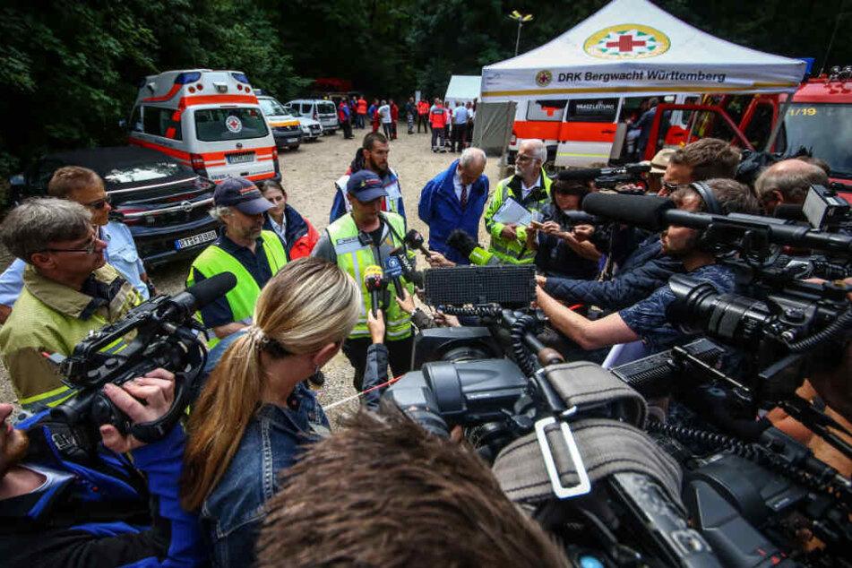 Presseaufkommen war groß bei der Rettung der zwei Männer.