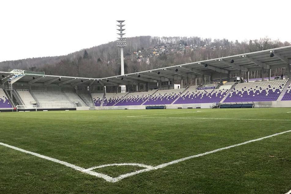 Das Erzgebirgsstadion wurde am Freitag an den Pächter, den FC Erzgebirge übergeben.