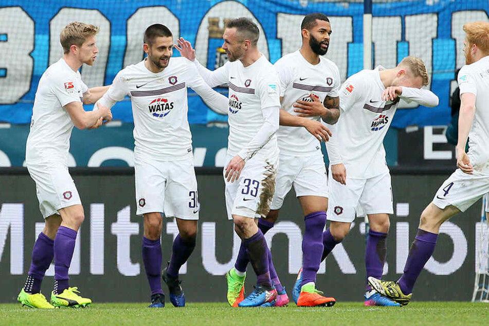 Torjubel ist bei Dimitrij Nazarov schon fast vorprogrammiert. Hier nach seinem Foulelfmeter gegen den VfL-Bochum.