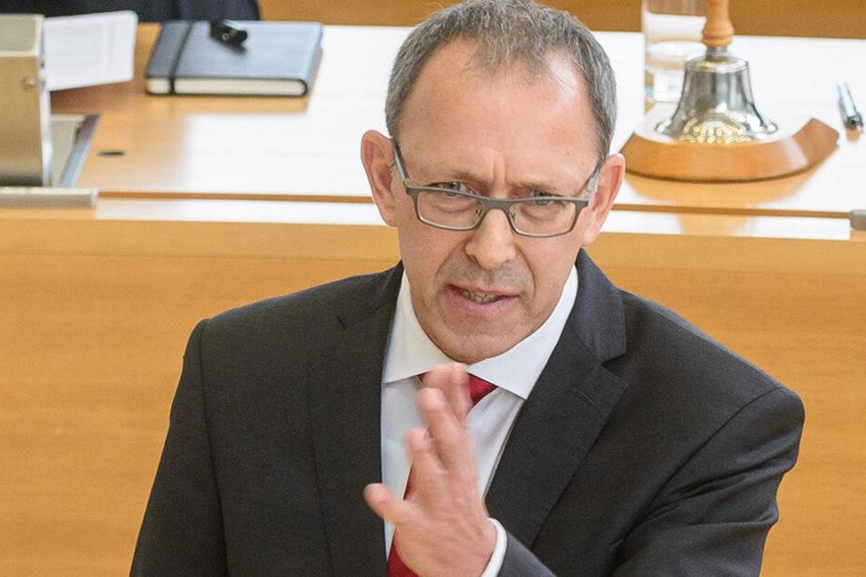 Sieht seine Partei schon in der Regierung: Sachsens AfD-Chef Jörg Urban (54).