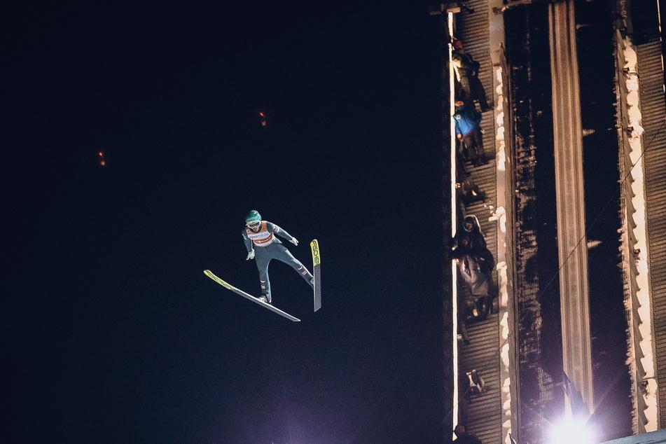 Ab Freitag wird in der Vogtland Arena wieder geflogen. Erstmals überhaupt sind die Nordischen Kombinierer und Skispringer zusammen in Klingenthal.
