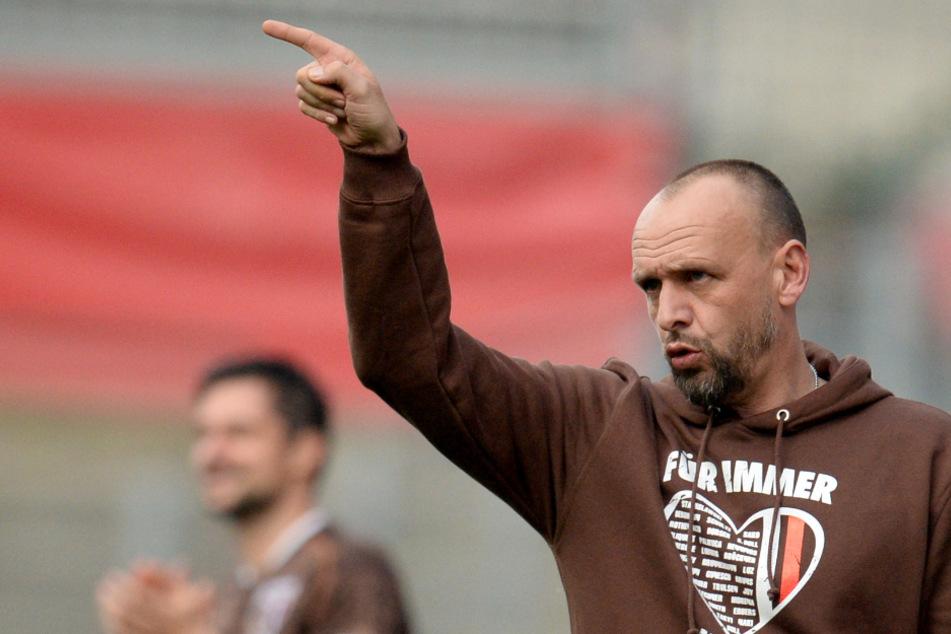 Unter Holger Stanislawski konnte der FC St. Pauli in die 1. Bundesliga aufsteigen. (Archivbild)
