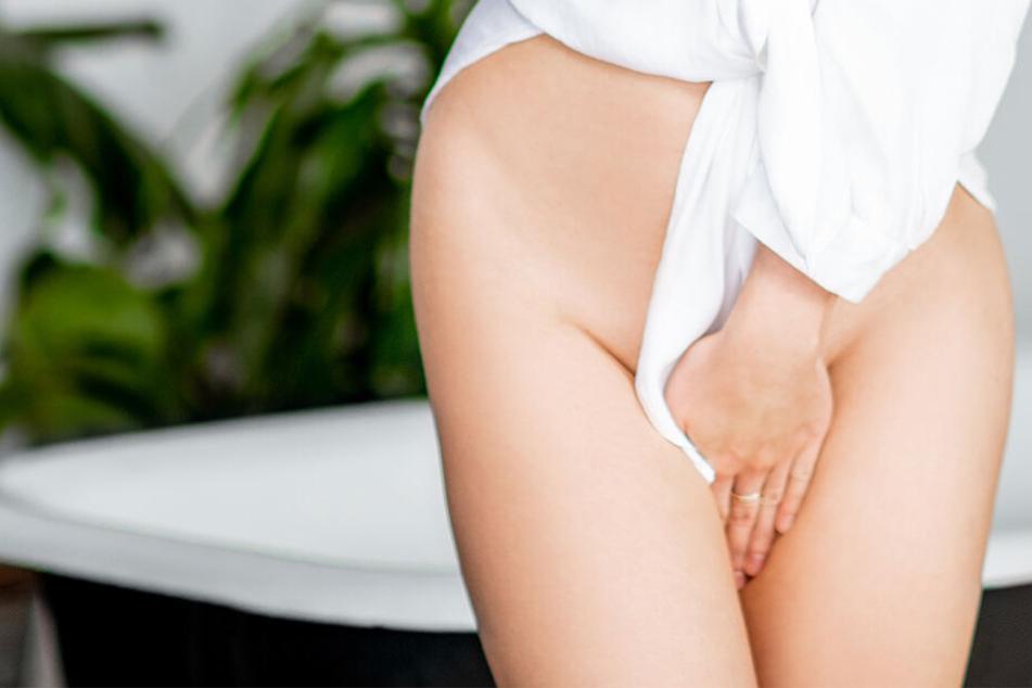 Zahnpasta kann in der Vagina unter anderem zu Verätzungen führen.