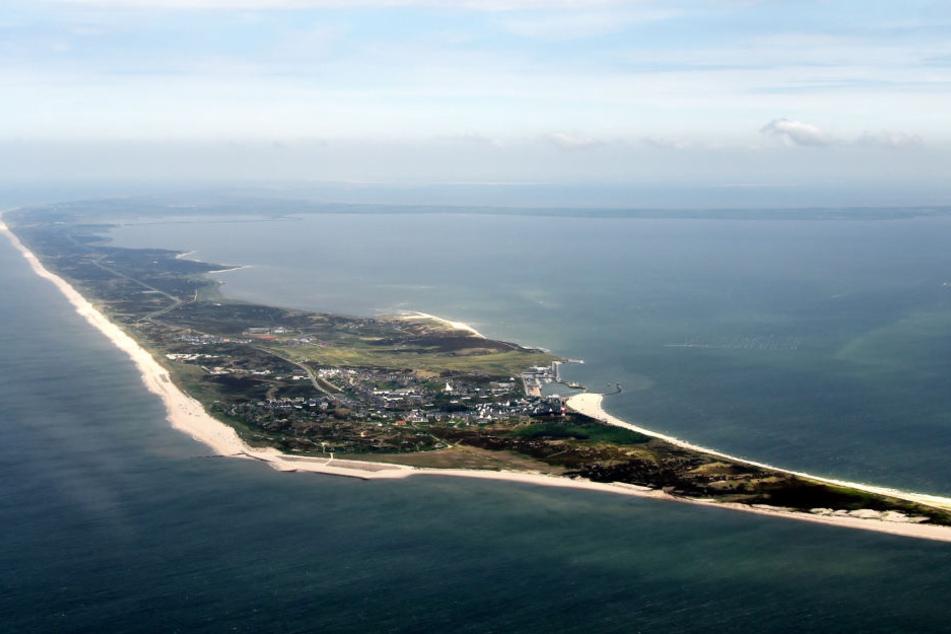 Die Nordseeinsel Sylt ist schwer zu erreichen (Archivbild).