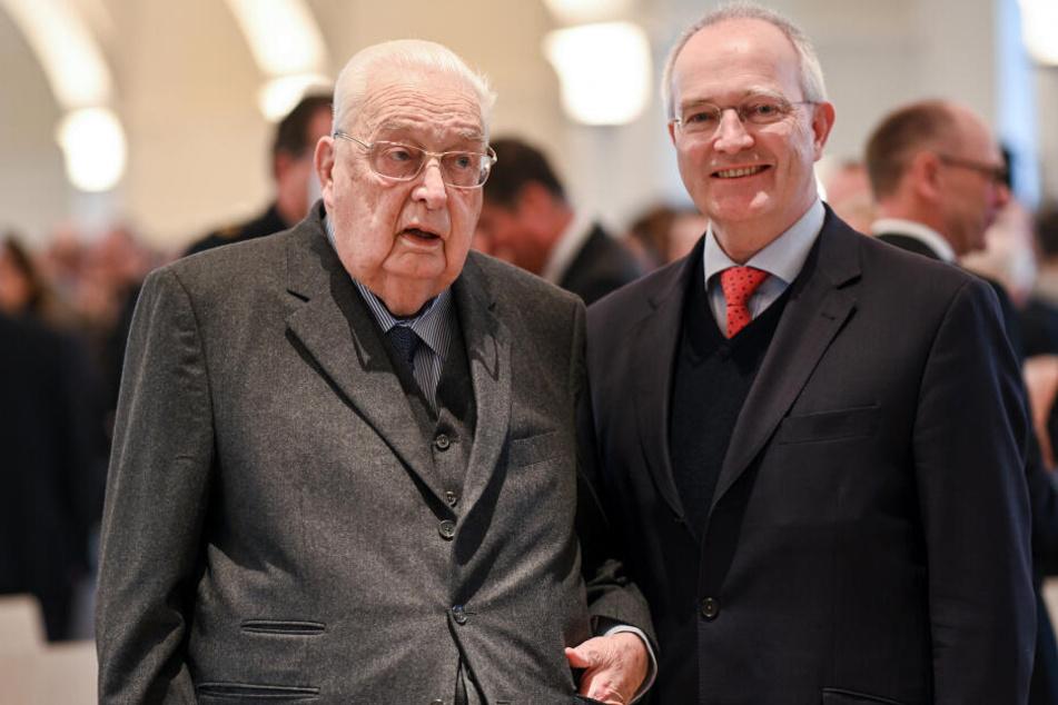 Sohn Michael (rechts) leitet künftig die Hofkammer.