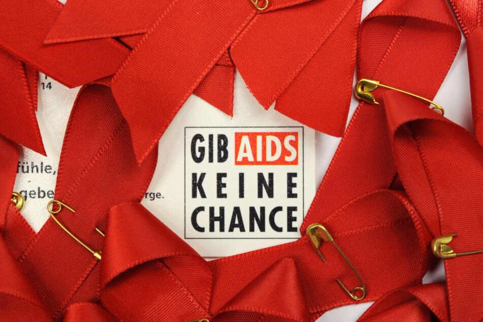 Nur 46 Prozent der Betroffenen haben weltweit haben Zugang zu Medikamenten gegen AIDS.